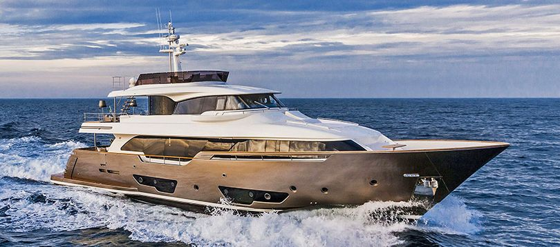 Ferretti - Nice 28 2015 TissoT Yacht Charter Suisse