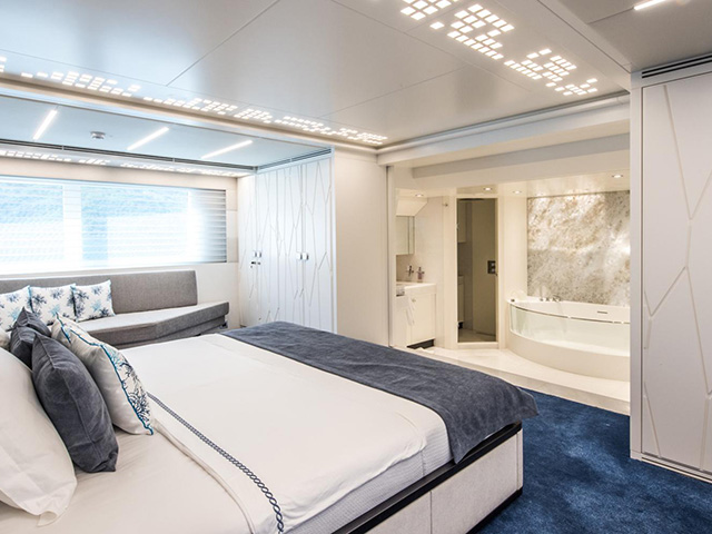 Yachts - TissoT Real Estate : Mengi Yay Trawler 32 pièces