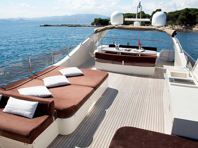 Yachts - TissoT Real Estate : Seanest Soja pièces