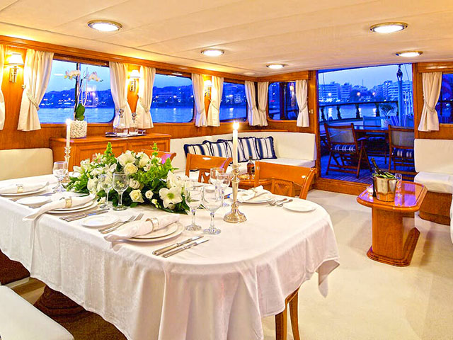 Yachts - TissoT Real Estate : Halkitis Urania Custom pièces