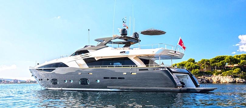 Custom Line - Splendide 100 2012 TissoT Yacht Suisse