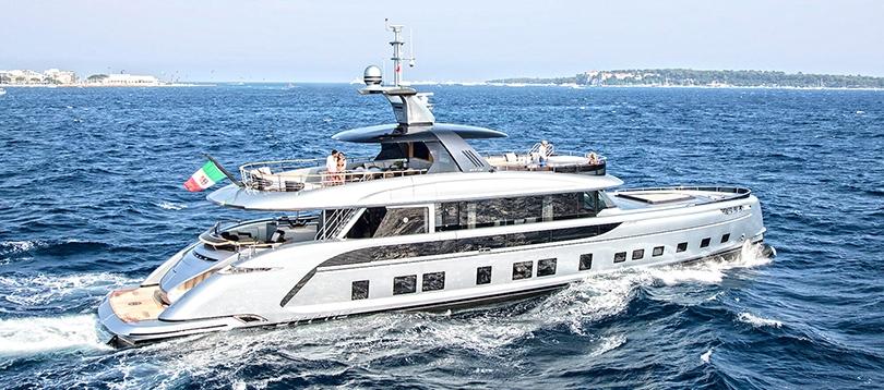 Dynamiq - Splendide GTT 115 2020  TissoT Yachts Switzerland