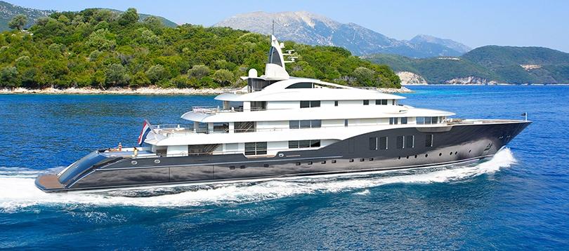 Icon - Splendide 280 2021  TissoT Yachts Switzerland